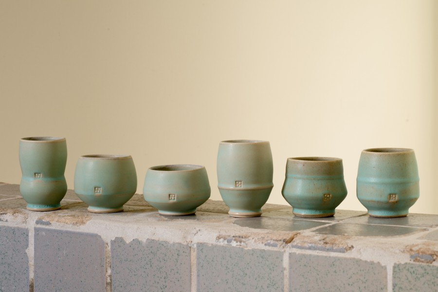 Clay cups by Michael J. Strand. Photography by Peter Laarakker.